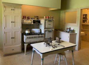 kitchen in Ainsley House in Campbell